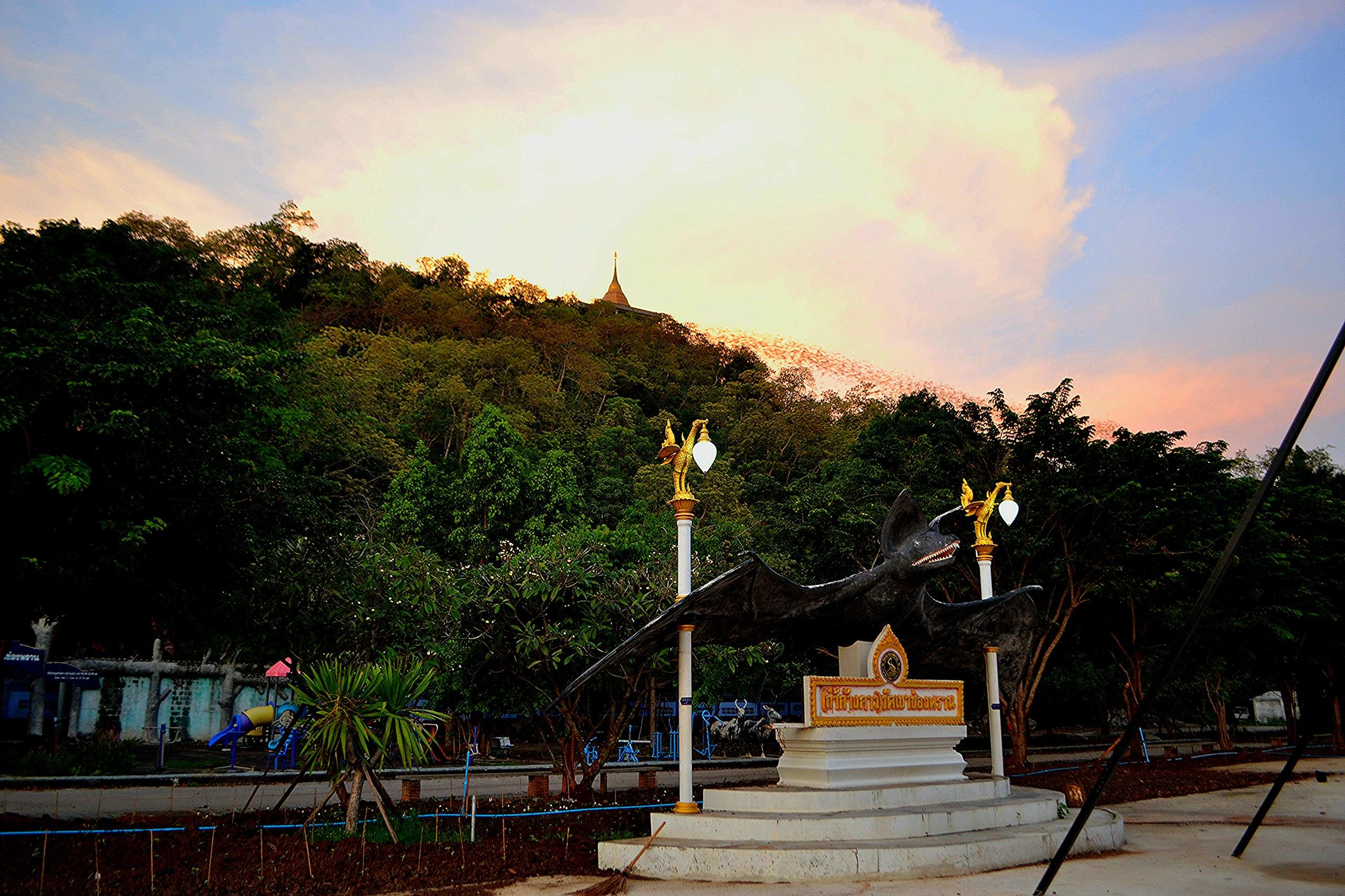 Елена Руденко (Валтея). Таиланд. Таиланд. Paтчaбуpи: Пещера страха, Пещера мышей, Буддийский храм BilsaW8UNlU