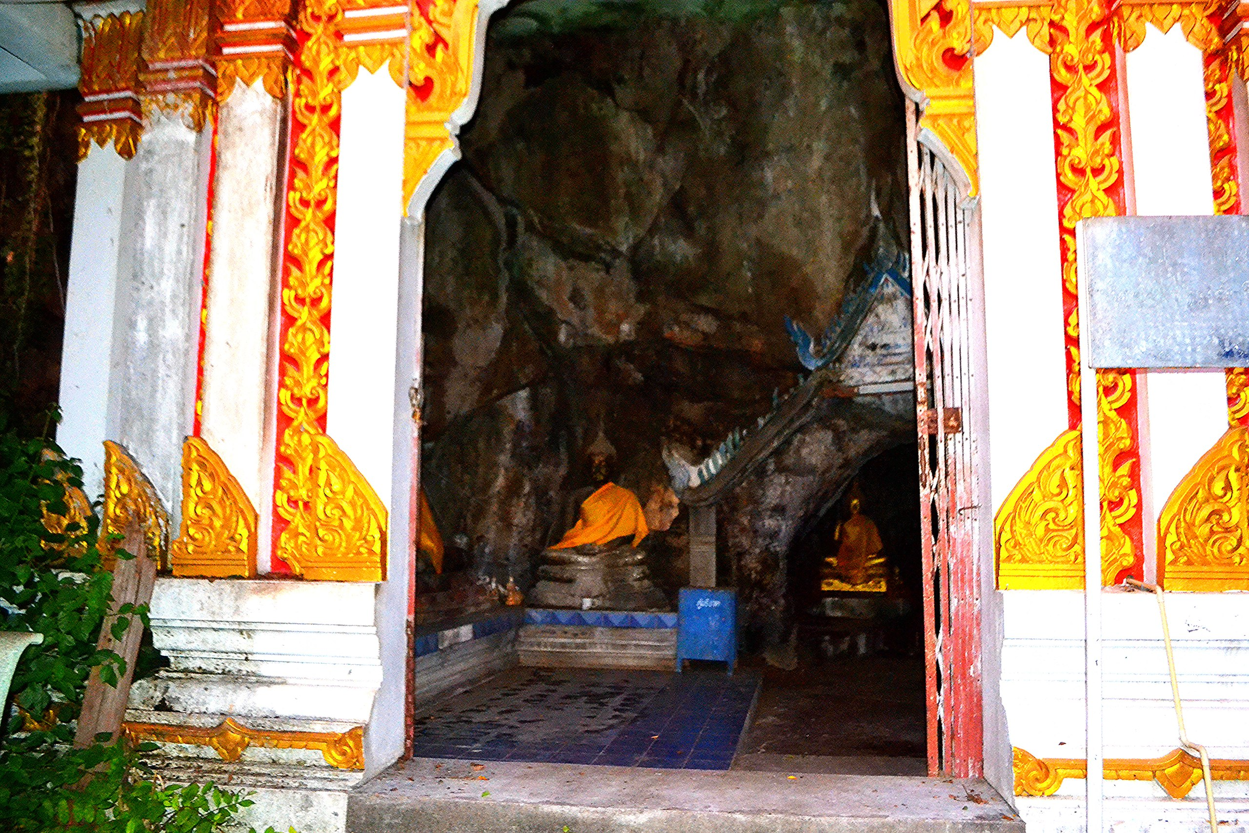 Елена Руденко (Валтея). Таиланд. Таиланд. Paтчaбуpи: Пещера страха, Пещера мышей, Буддийский храм Miw1u_-gKm0