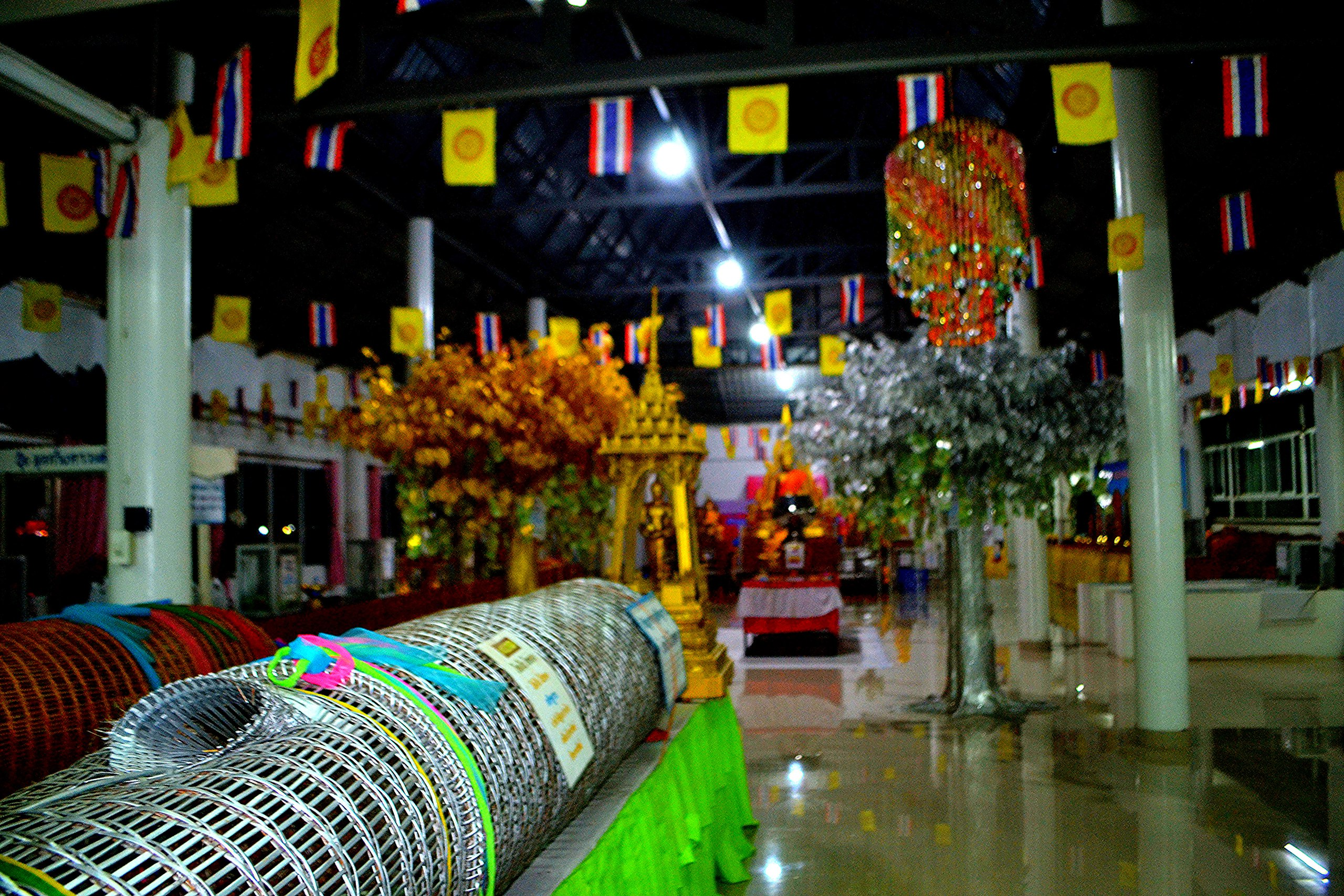 Елена Руденко (Валтея). Таиланд. Таиланд. Paтчaбуpи: Пещера страха, Пещера мышей, Буддийский храм GWKjHq5RA2g