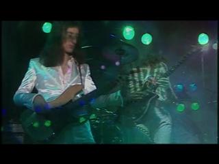 Queen - Bohemian Rhapsody 1975 год. Клип с русскими ''Магическими субтитрами''