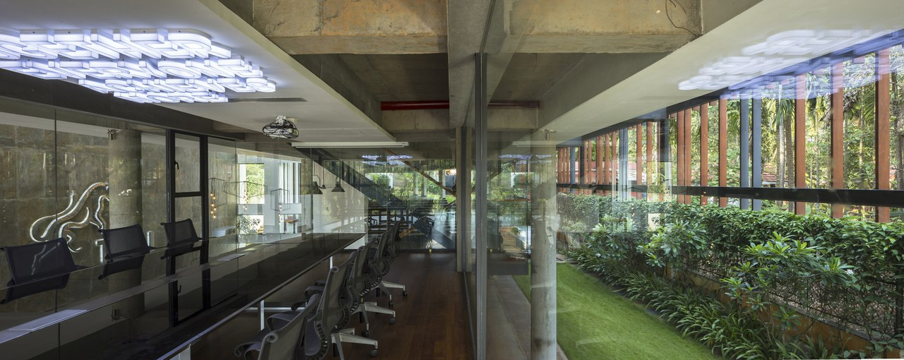 Corporate Office for Team Thai / STAPATI