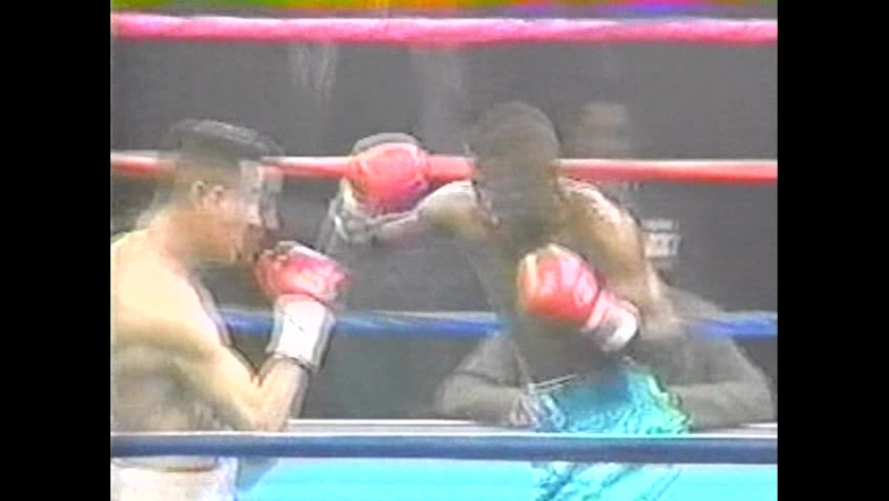15 Floyd Mayweather vs Miguel Melo 1998 03 23