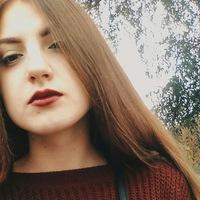 Аня Бортняк