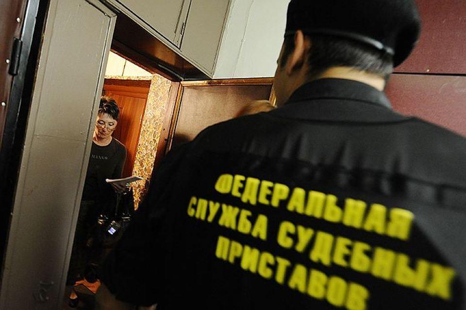 Жительница Касимова пробовала спрятаться отприставов вшкафу