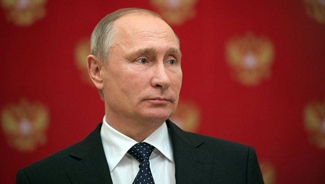 Путин уволил Любовь Глебову
