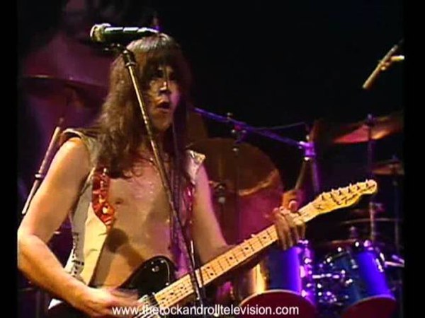 PAT TRAVERS BAND - Hooked On Music