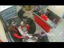 НЕ МОЖЕТ БЫТЬ Ограбление по русски Тётенька выгнала из магазина грабителя с п