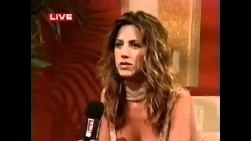 Backstage Interview of Jennifer Aniston on 54th Annual Primetime Emmy Awards