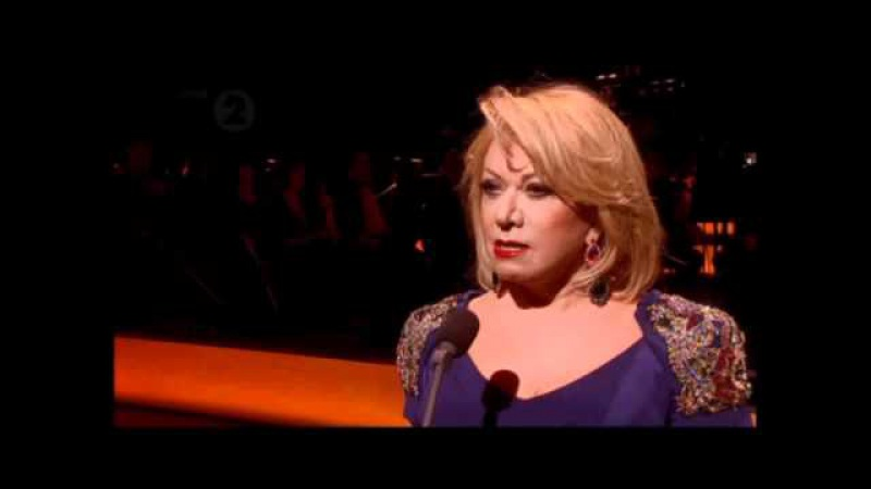 Elaine Paige Don't Cry For Me Argentina Olivier Awards 2012