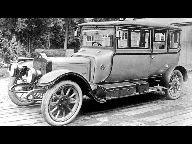 Standard 20 HP Five Seater Sociable Berline '1911
