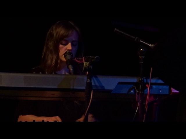 Glider, Heather Woods Broderick - Brighton, Octobre 2016