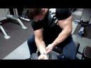 Сгибания на бицепс сидя изолированное упражнение Max Zhuikov Fitbody