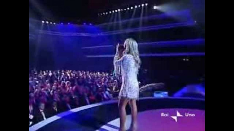 Britney Spears - I'm Not A Girl, Not Yet A Woman (Live San Remo Festival)