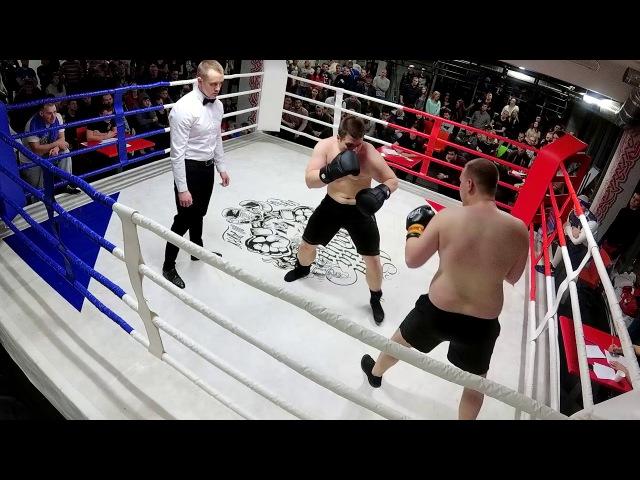 8.Сахаров Михаил «НА» Мосеев Денис (Бокс свыше 91 кг)