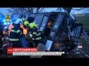 Троє людей загинуло у Чехії внаслідок зіткнення легковика з пасажирським автобусом