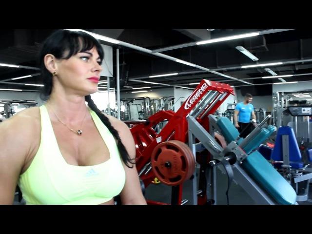 Мария Кузьмина и Алексей Юрченко - тренировка грудь и плечи (2014г)
