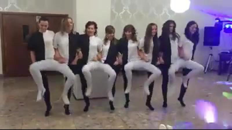 танцы белое и черное