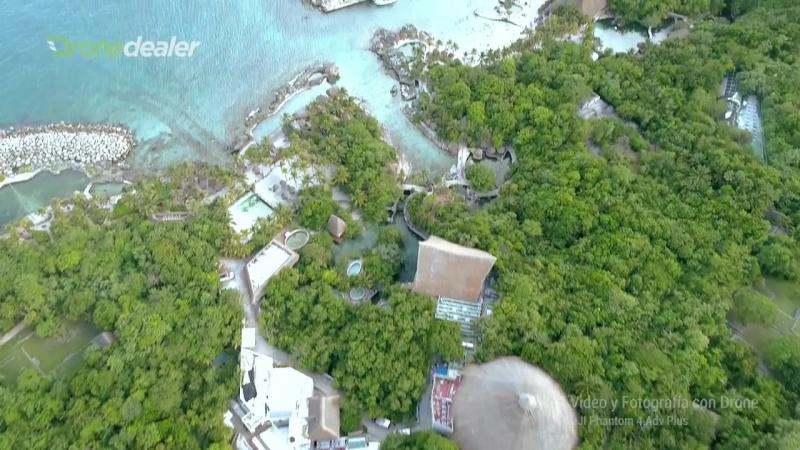Vuelo con drone en Xcaret Playa del Carmen by DroneDealerMX.mp4