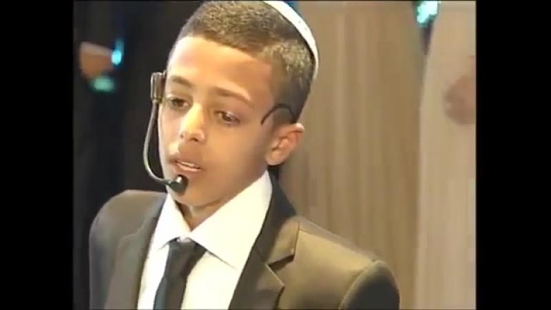 Nathaniel Daboosh celebrating Bar Mitzvah sings 'Kings' by Eyal Golan.mp4