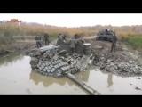 Зверская мощь легендарного танка т 72 Уникальная видео как Русский танк застрял в грязи
