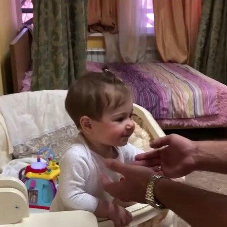 Тата Блюменкранц Дом 2 on Instagram Папина девочка 😍 Вот так вынашиваешь 9 месяцев рожаешь мучаешься потом недосыпаешь ночами а она видите ли