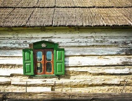 ставни в окнах