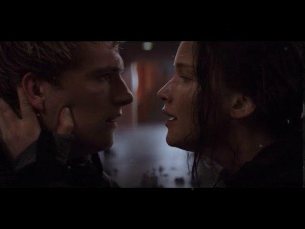 THG|KatnissPeeta|Stand by you