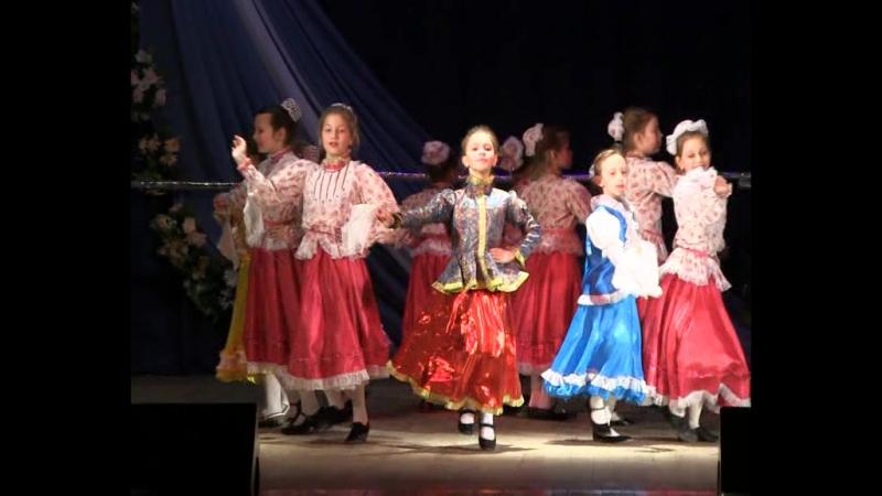 Образцовый коллектив народного танца «Непоседы» ДК Комсомольского рудоуправления отметил свой юбилей