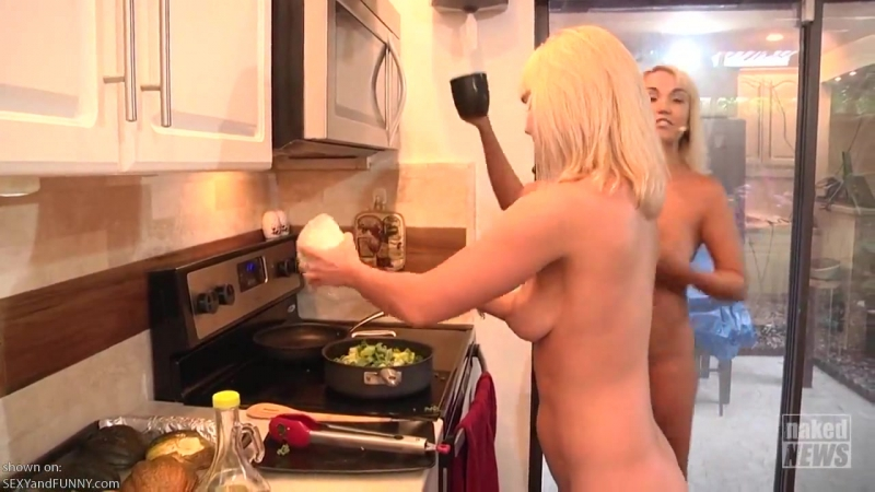 Naked News Cooking in the Raw with Jenny Scordamaglia - Sexy Videos - SexyAndFunnycom