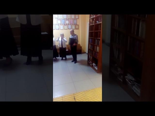 Цирк на перевыборах с баяном УИК №76 Брянск