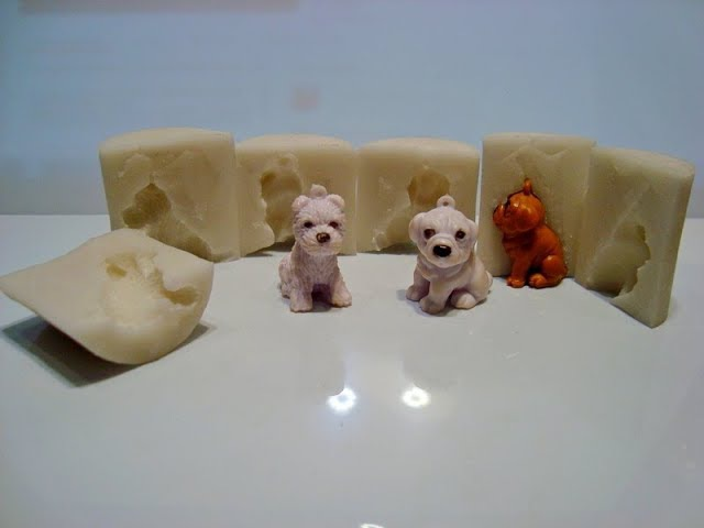 Как сделать силиконовую форму из герметика для фигурок. Silicone mold made of sealant.