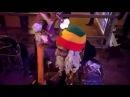 Железный Ирокез - Румба ( 28102017 ) уличные музыканты. Питер. Балтийская.