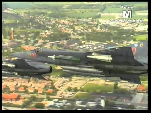 The Saab 35 Draken at Wing F10 Sweden.mp4