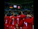 То, чего мы ждали_ Наша сборная поёт гимн России