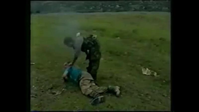 ЧЕЧНЯ 1996 , не подходите солдаты , зарежем