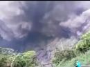 В Гватемале происходит извержение вулкана Фуэго. Эвакуированы тысячи людей, 30 человек погибли. Судя по эпичному видео - это По