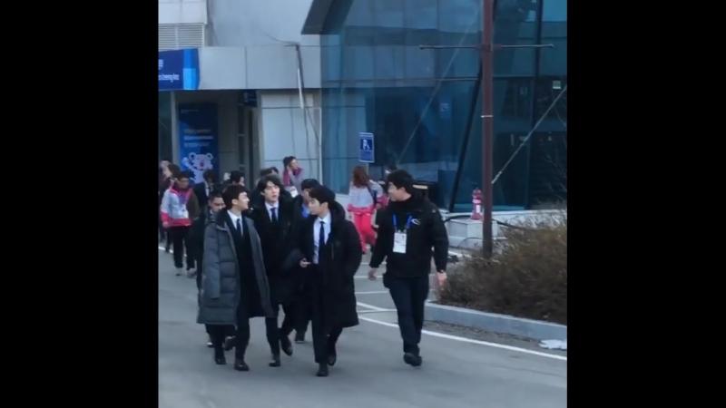 180221 EXO после Press Conference