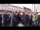 Терпение кончилось В Закарпатье на церемонии чествования Героев Небесной Сотни народ восстал против Порошенко
