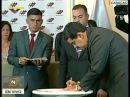 Candidato del Frente de la Patria Nicolás Maduro firma el Acuerdo de Garantías Electorales