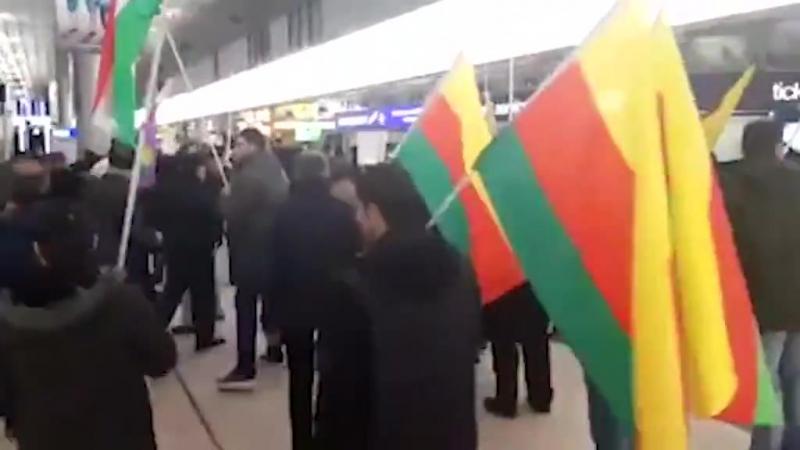 Курды и турки устроили массовую драку в немецком аэропорту