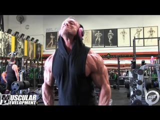 Brad Rowe Trains Delts - 4 Day Out from 2017 Ferrigno Legacy Pro