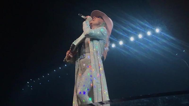 Lady Gaga - Grigio Girls (Live @ Joanne World Tour; Хьюстон, США) (03.12.2017)