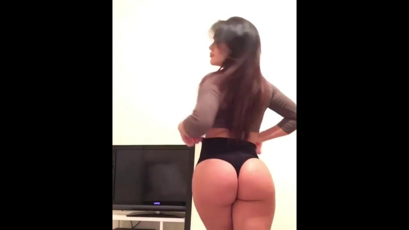 Genesis Mia Lopez 1