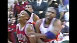 Scottie Pippen Dirty Play on Charles Barkley! (1993 NBA Finals)