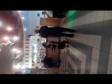 на христинах у Вовы.моя мамочка и Миша. Томенко танцуют