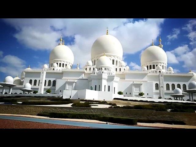Abu Dhabi - Sheikh Zayed mosque, filmed with Huawei P9 with Zhiyun Smooth 3