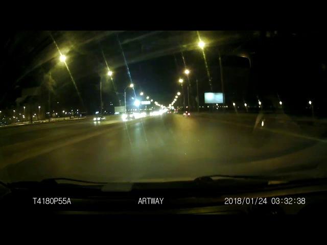 Электрокабель упал на машины по ул. Лукашевича (25.01.2018)