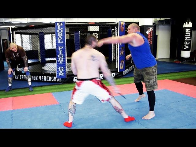 Битва на ножах / Футбольные хулиганы против Макса Новоселова