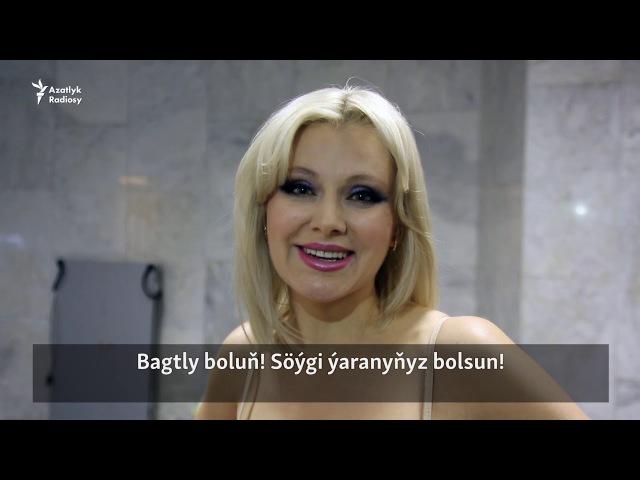Sungat işgärleri Türkmenistany Täze ýyl bilen gutlaýarlar