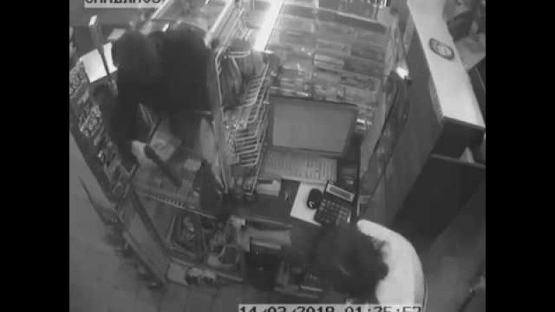 В Тольятти женщина дала отпор грабителю с пистолетом